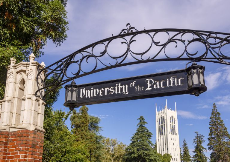University of the Pacific sign and Burns Tower