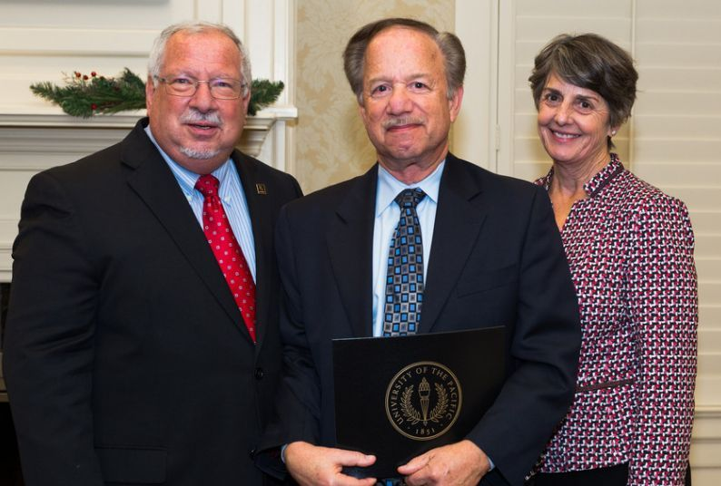 Alan Gluskin honored during the Faculty Award Recognition Reception in 2017.